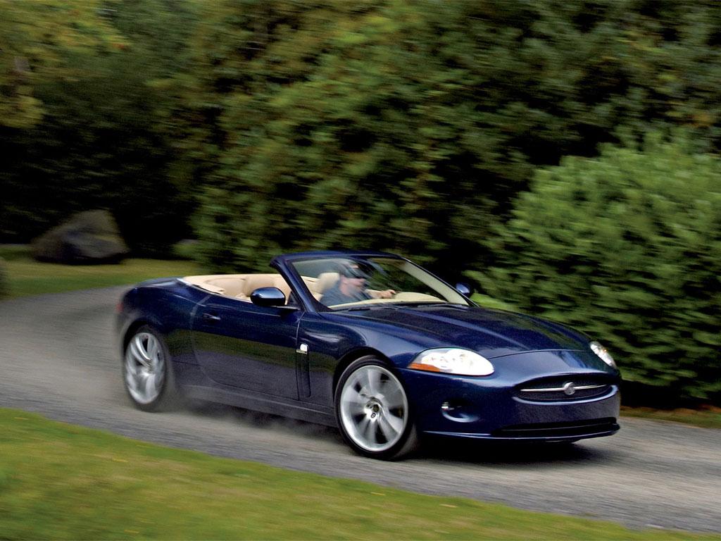 http://cars-wallpapers.net/wp-content/uploads/2007/11/jaguar_xk_convertible07_001_1024.jpg