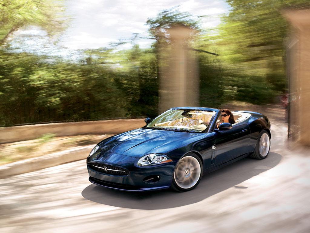 http://cars-wallpapers.net/wp-content/uploads/2007/11/jaguar_xk_convertible07_002_1024.jpg
